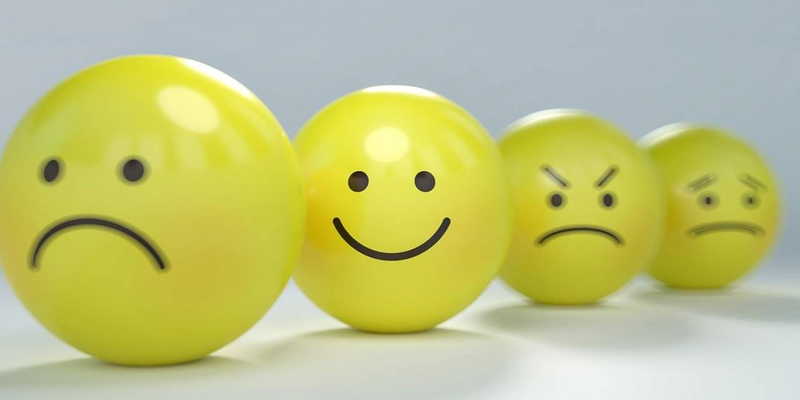 what causes low employee morale